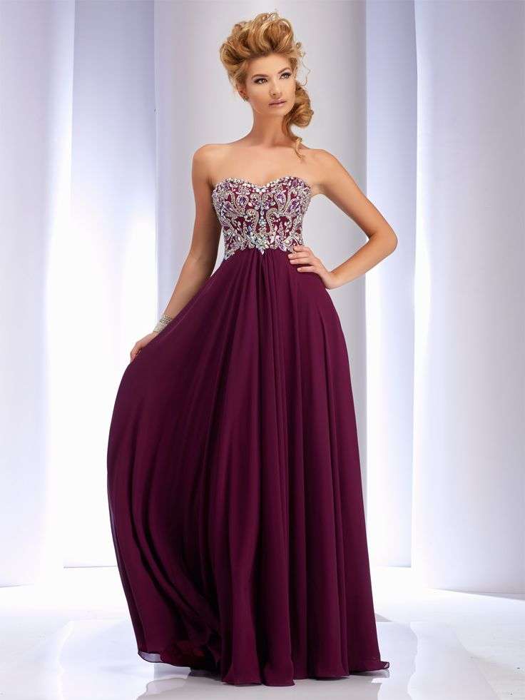 4 Prom Dress Buying Tips